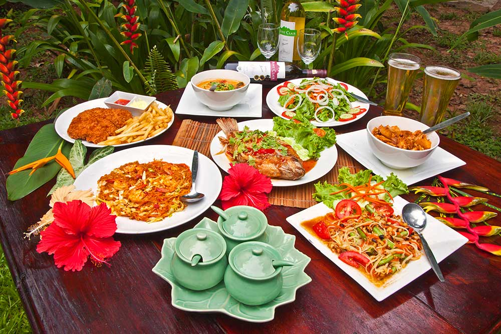 Khao Sok resort meal