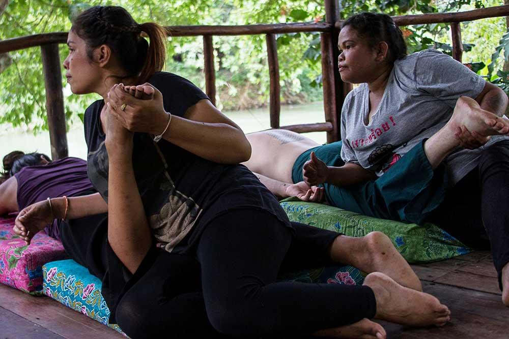 Thailand Culture Couples Massage