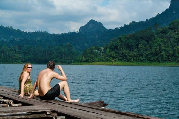 Khao Sok Lake Rafthouse