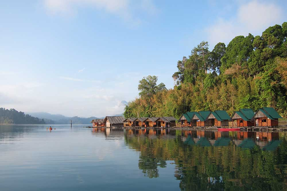 Khao Sok Lake Floating Bungalow
