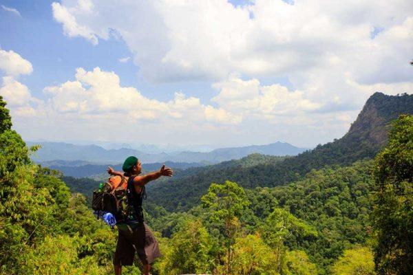 Khao Sok Trekking Jungle Camping