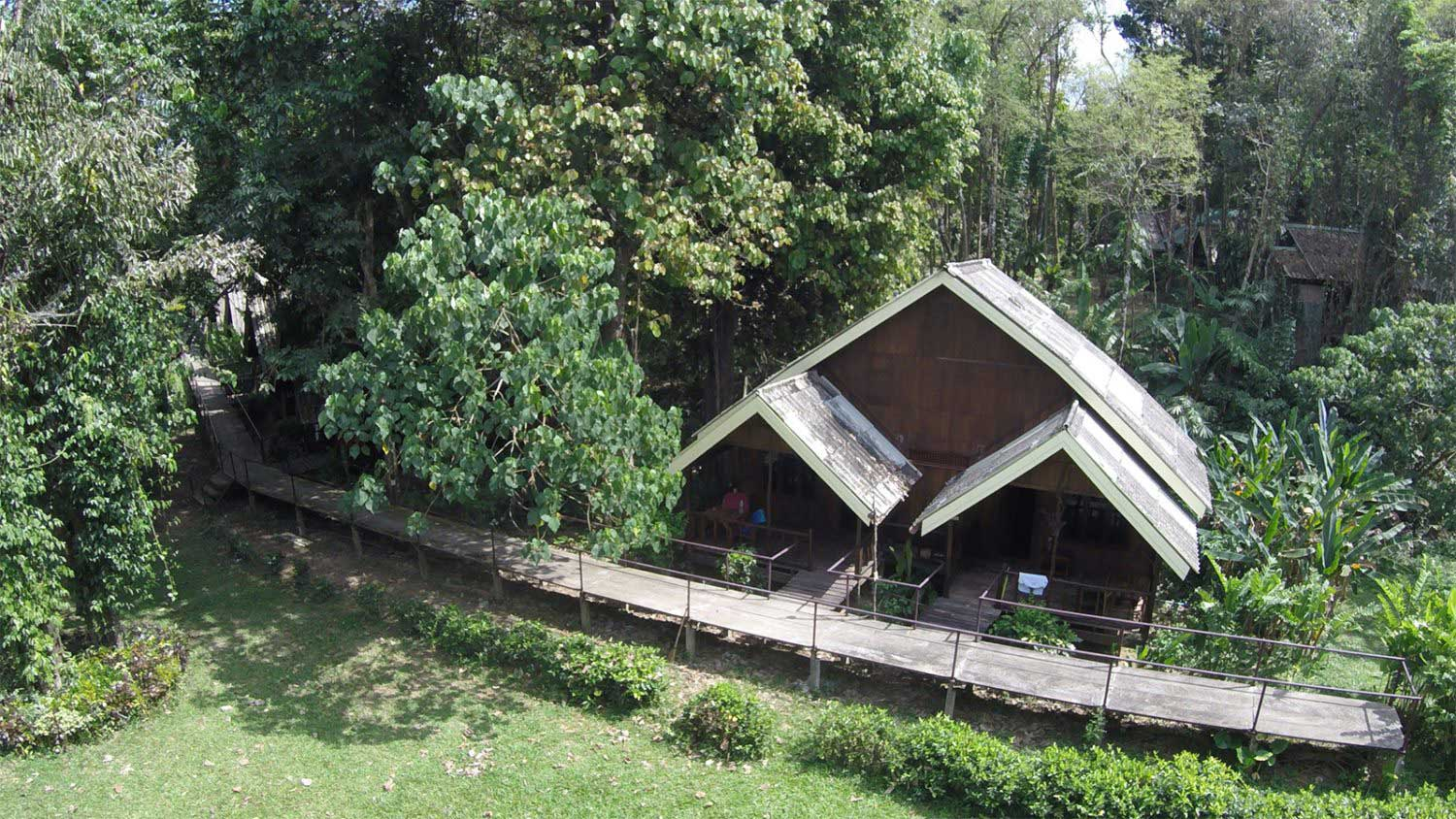 Khao Sok riverside accommodation aerial view