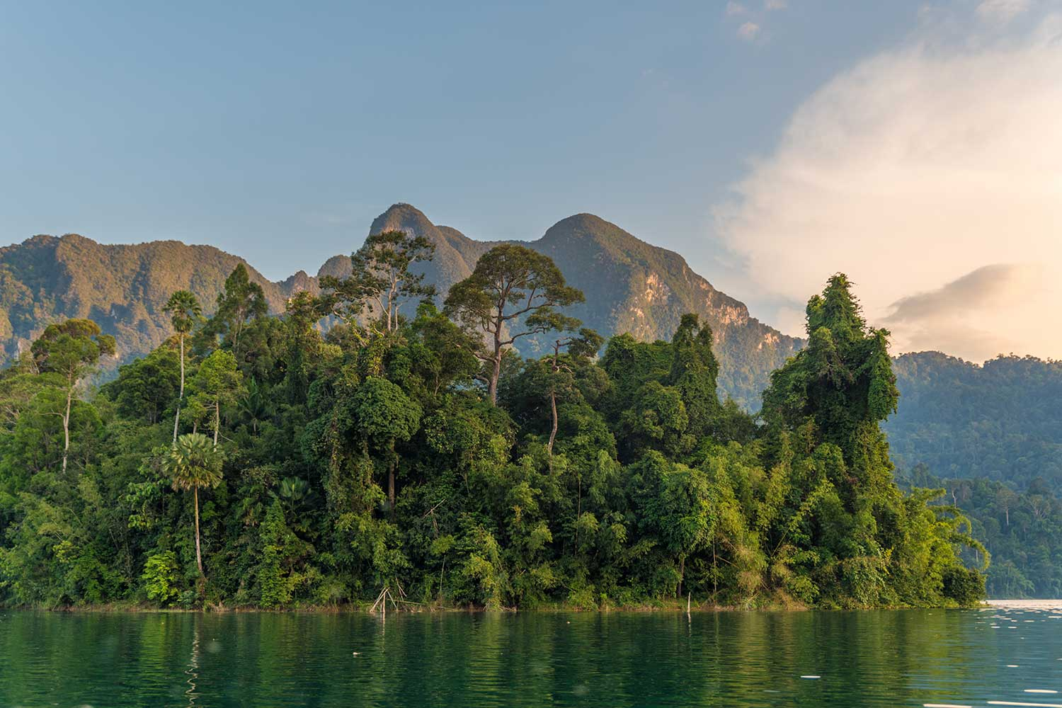 Khao Sok lake national park