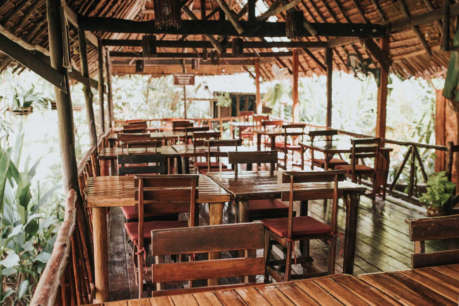khao sok with children - Family friendly restaurant