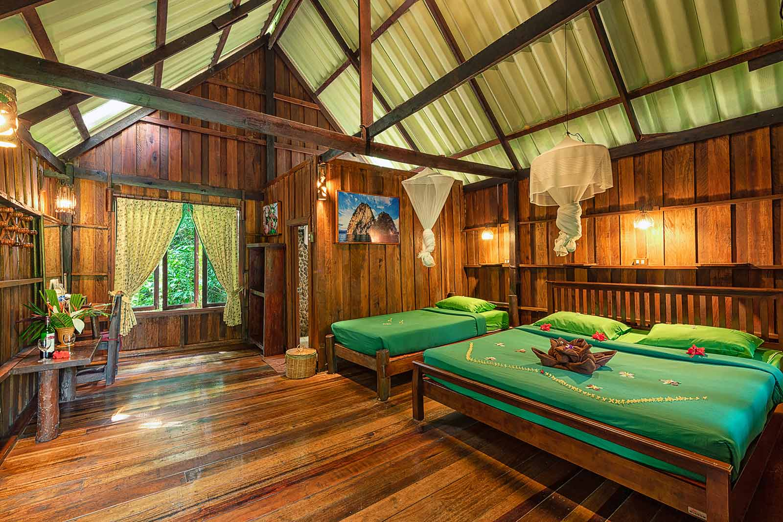 Khao Sok Forest House accommodation